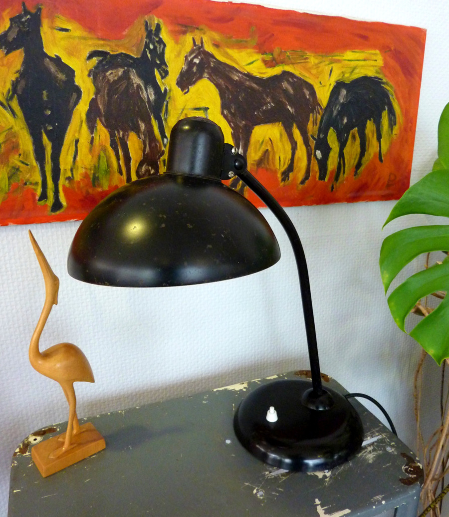 original kaiser idell lampe tischleuchte schwarz 6556 bauhaus original zustand ebay. Black Bedroom Furniture Sets. Home Design Ideas