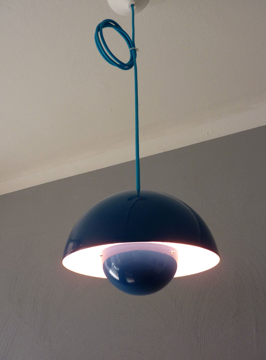 Picture of: Original Blaue Emaille Verner Panton Louis Poulsen Flower Pot Lampe 60er Jahre Ebay